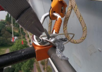 Portaledge met ducktape